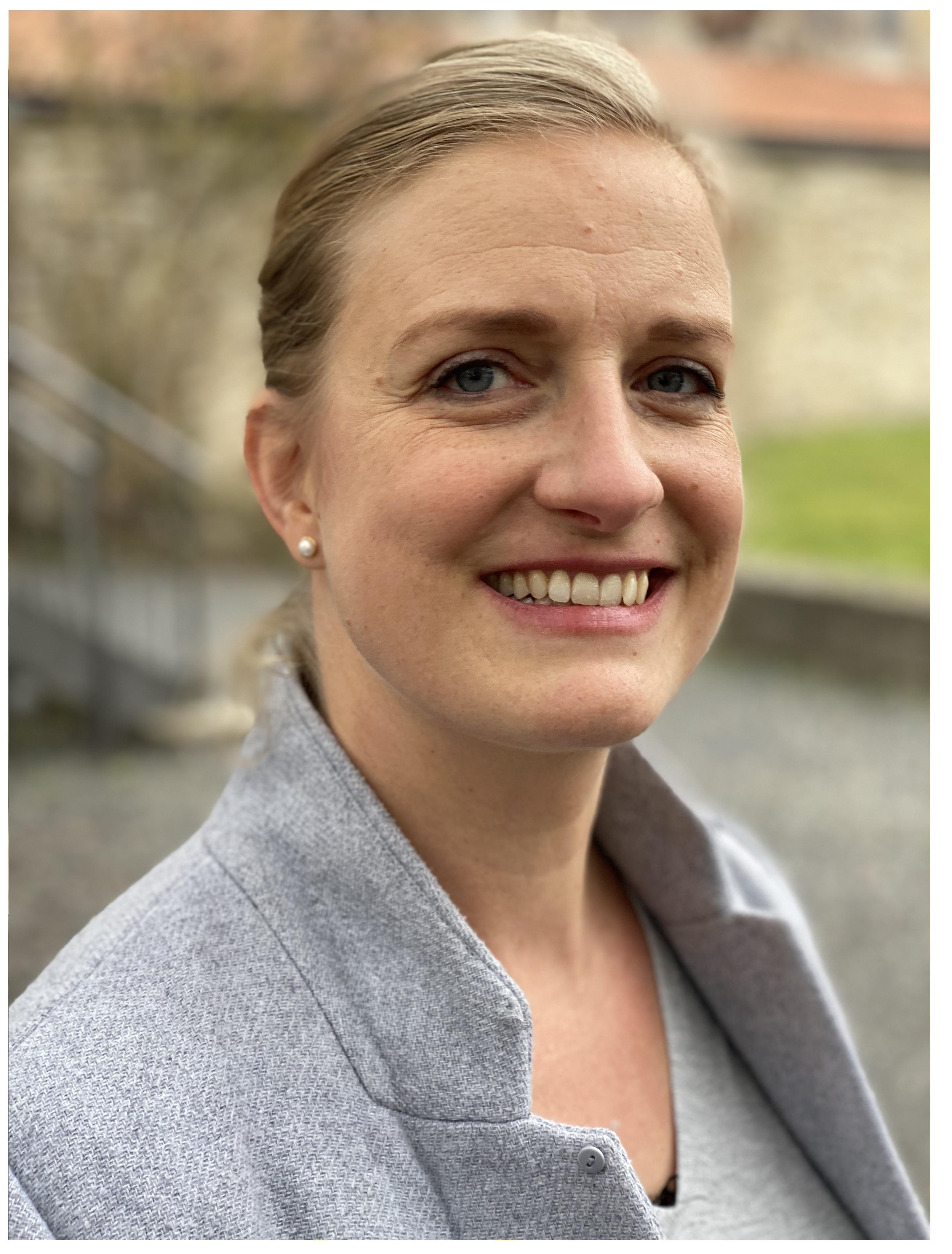 Stefanie Wierlemann - Unsere Betriebswirtin und Familienfrau auf Platz 4